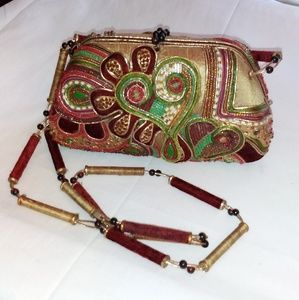 Mary Frances Beaded Paisley Heart Handbag